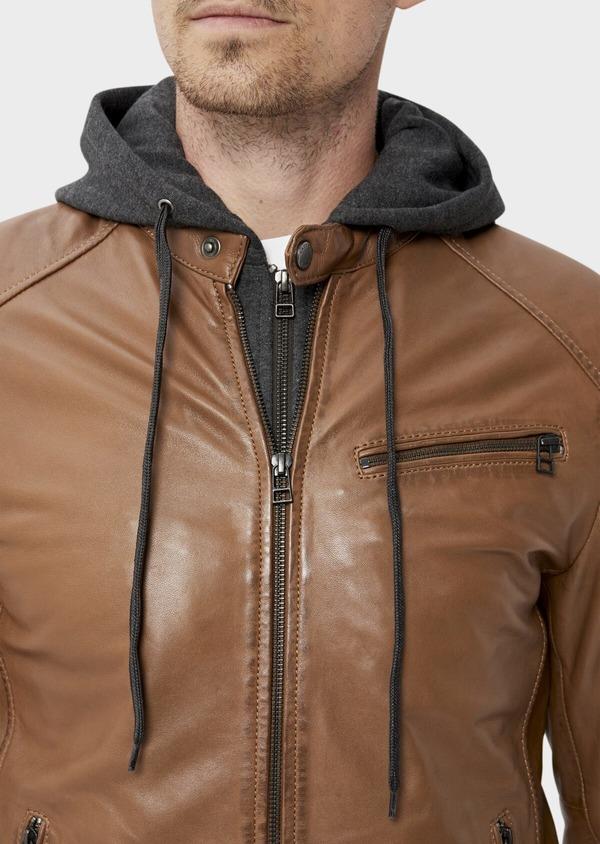 Blouson Biker en cuir uni marron avec parementure à capuche amovible - Father and Sons 34671