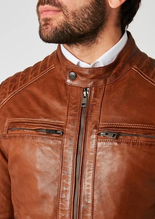 Blouson Biker en cuir uni marron clair à capuche amovible - Father and Sons 25587