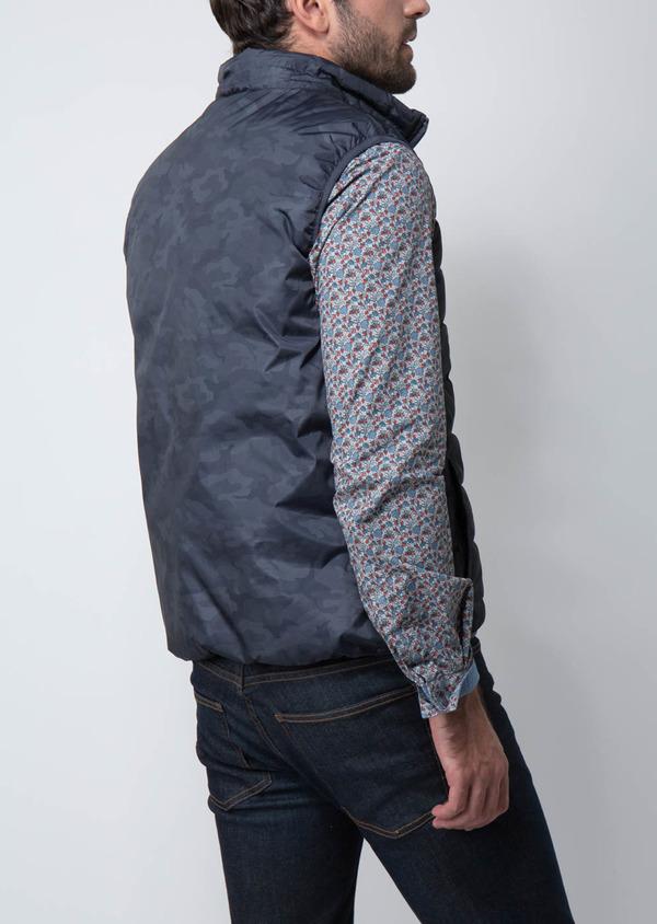 Doudoune light sans manches bleue à motif camouflage
