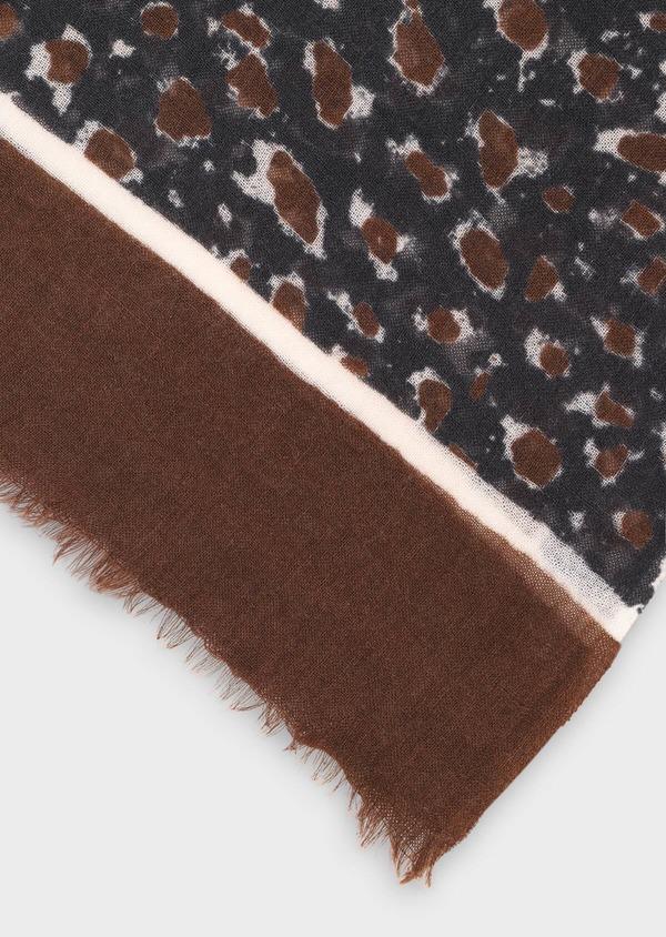 Écharpe en laine bleue à motif fantaisie cognac, bordeaux et écru - Father and Sons 35251