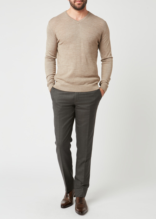 Pull en laine mérinos col V uni beige - Father and Sons 27931