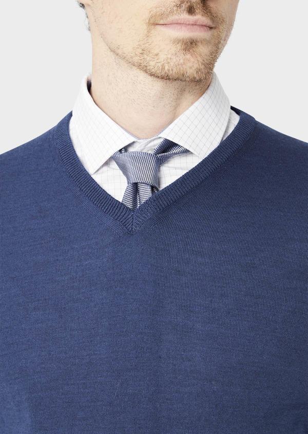 Pull en laine Mérinos mélangée col V uni bleu indigo - Father and Sons 37395
