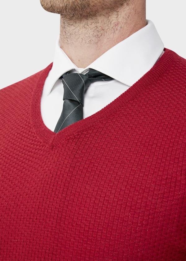 Pull en laine Mérinos mélangée col V uni rouge - Father and Sons 35359
