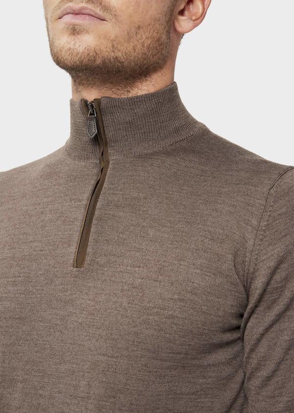 Pull en laine Mérinos mélangée col zippé uni taupe - Father and Sons 36378
