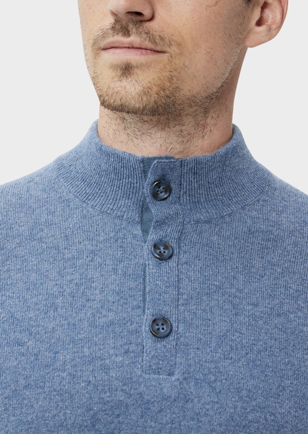 Pull en cachemire col montant boutonné uni bleu chambray - Father and Sons 35466