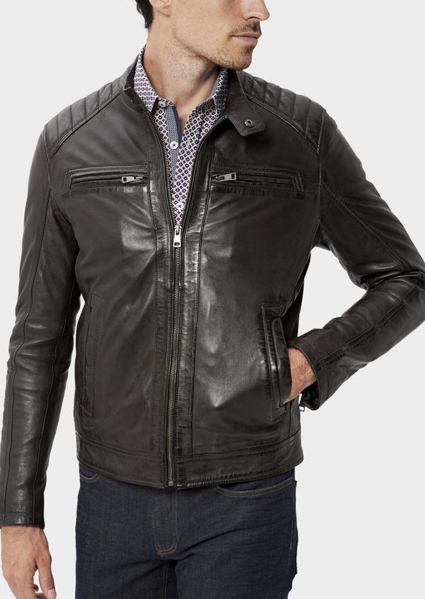 Blouson Biker en cuir uni marron foncé avec parementure à capuche amovible - Father and Sons 34645