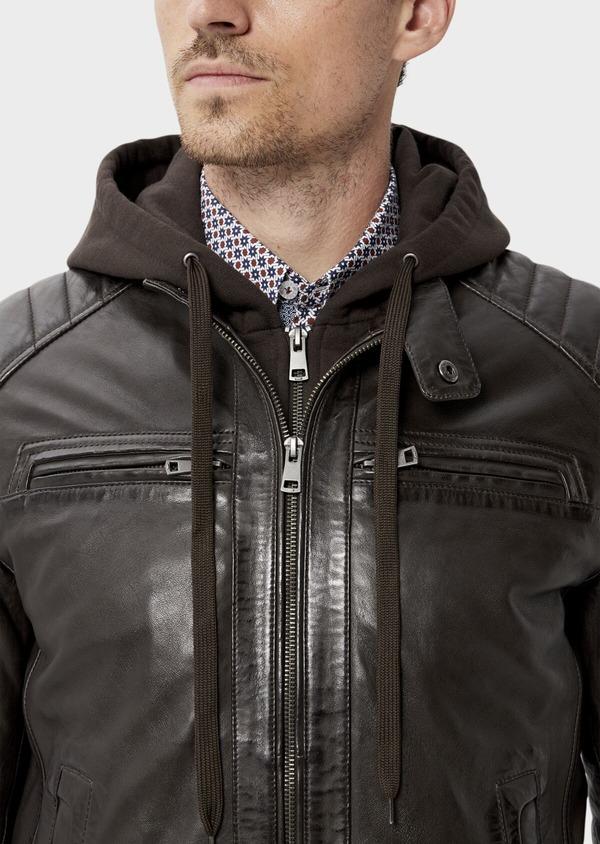 Blouson Biker en cuir uni marron foncé avec parementure à capuche amovible - Father and Sons 34643