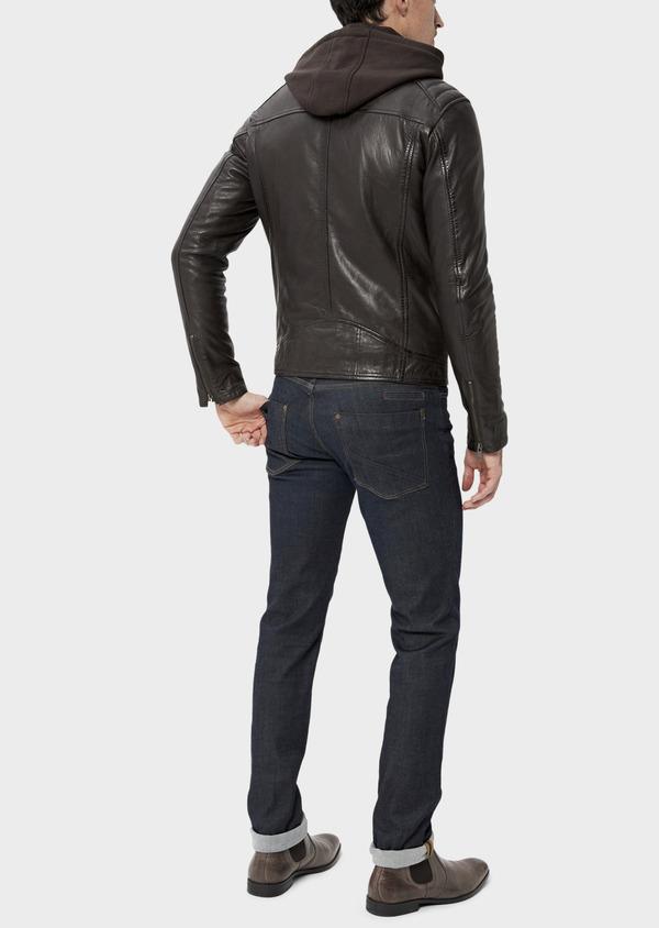 Blouson Biker en cuir uni marron foncé avec parementure à capuche amovible - Father and Sons 34642