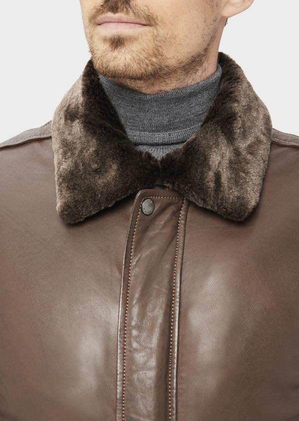 Blouson en cuir uni marron avec col en fausse fourrure amovible - Father and Sons 36871