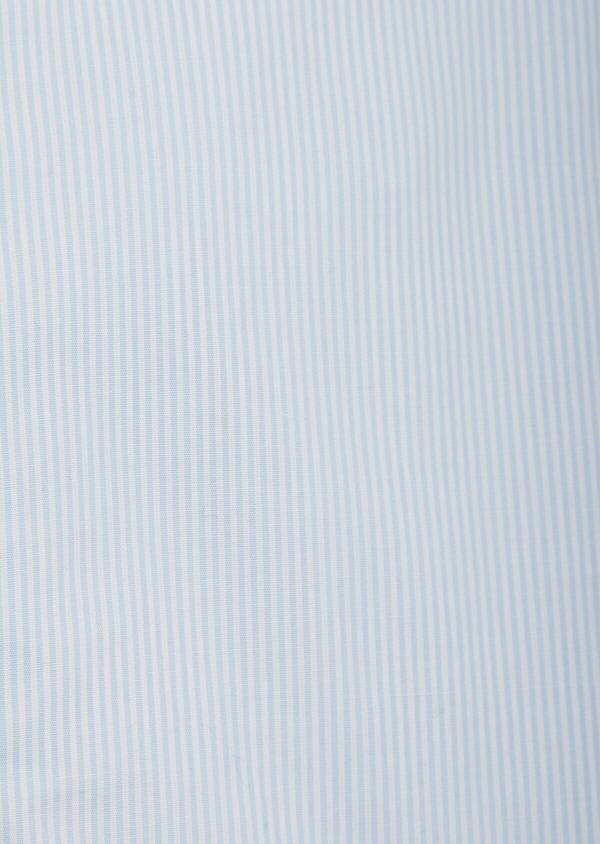 Chemise sport Slim en popeline de coton bleu ciel à fines rayures blanches - Father and Sons 38633