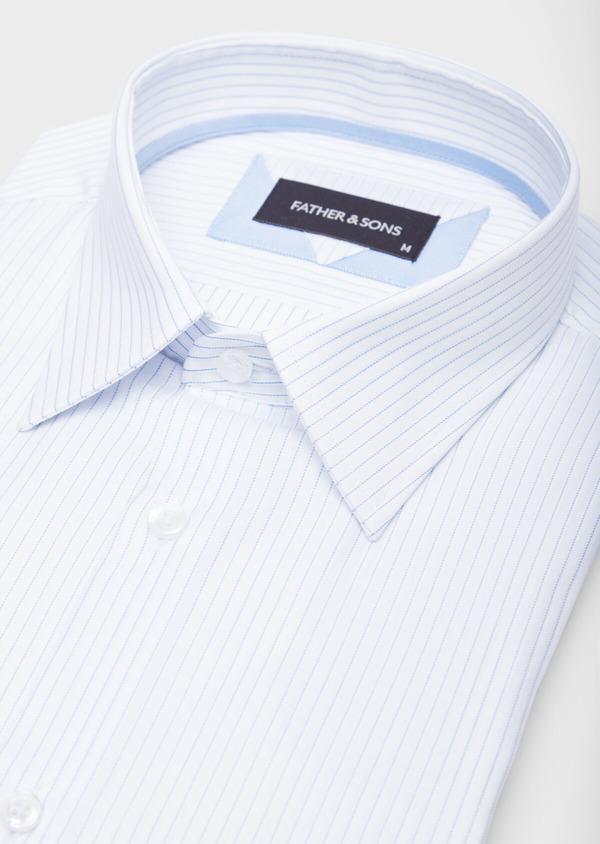 Chemise habillée Slim en coton façonné blanc à fines rayures bleues - Father and Sons 38570