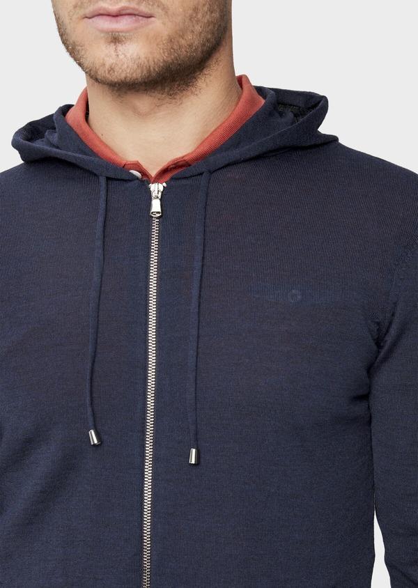 Gilet à capuche zippé en laine Mérinos unie bleu marine - Father and Sons 39315