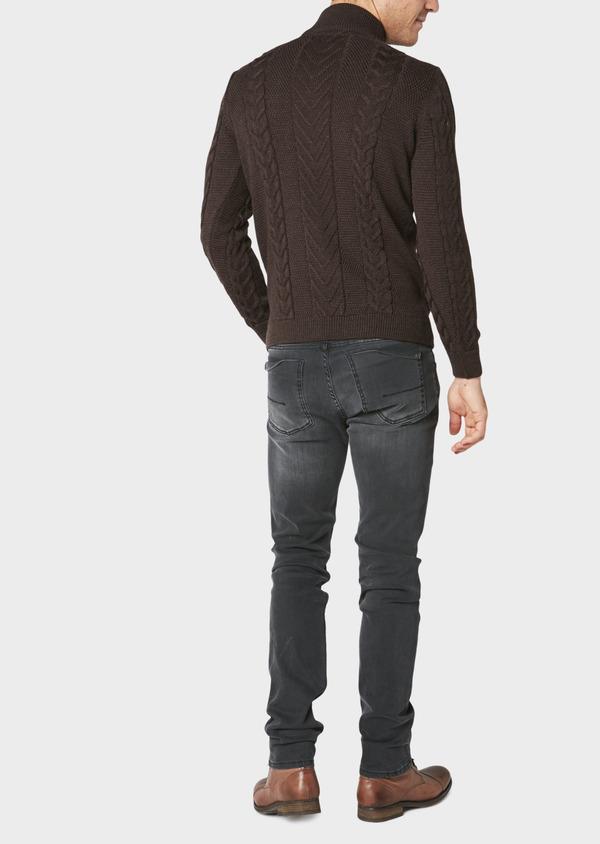 Pull en laine mérinos col montant zippé uni marron foncé - Father and Sons 30831